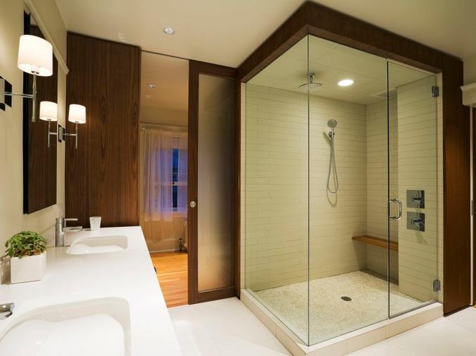 Historia del baño y aparición de la mampara